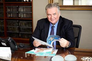 Dr-Patrick-Briggs-Consult
